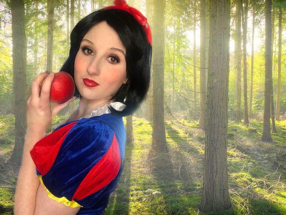 How To Look Like A Disney Princess: Snow White