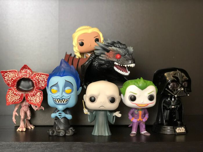 If Funko Pop! Villains had a Group Chat!